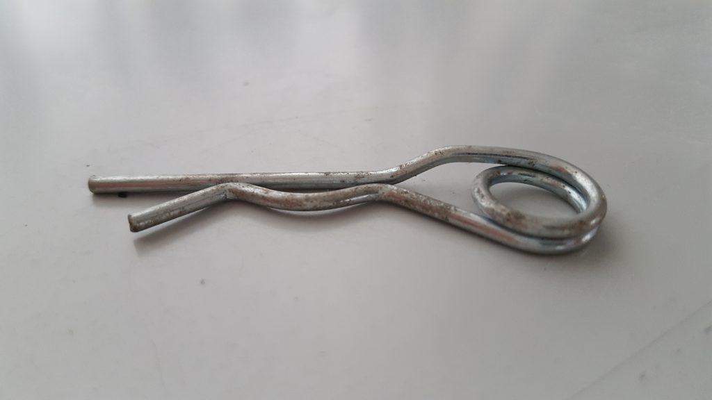 R-clip